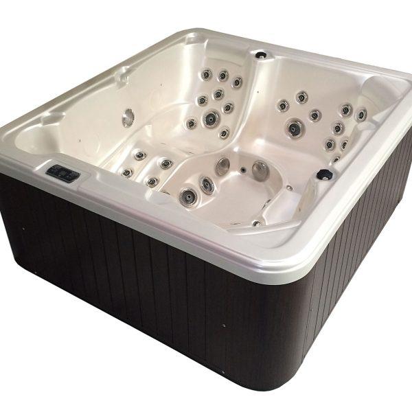 Idol Spas Hot Tub Anna